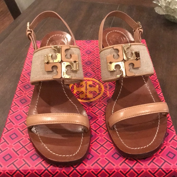 7d176701553c80 Tory Burch sandals-low heel. M 5ab300621dffda4474e7903b